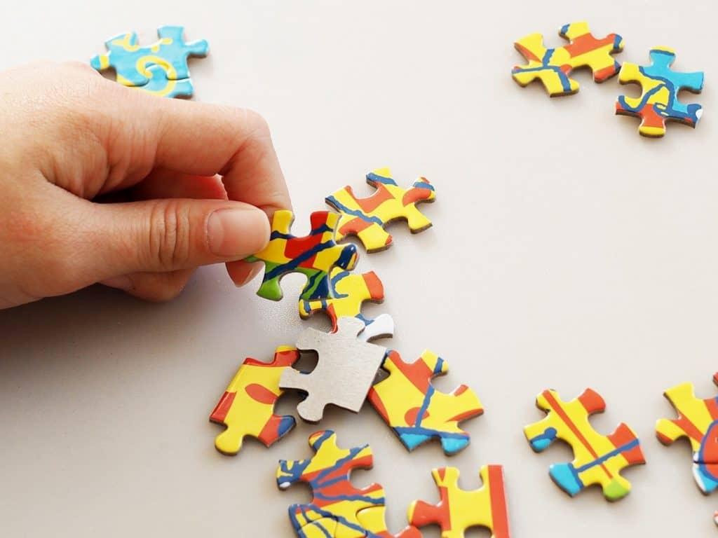 少しピースの多いパズルで遊ぶ