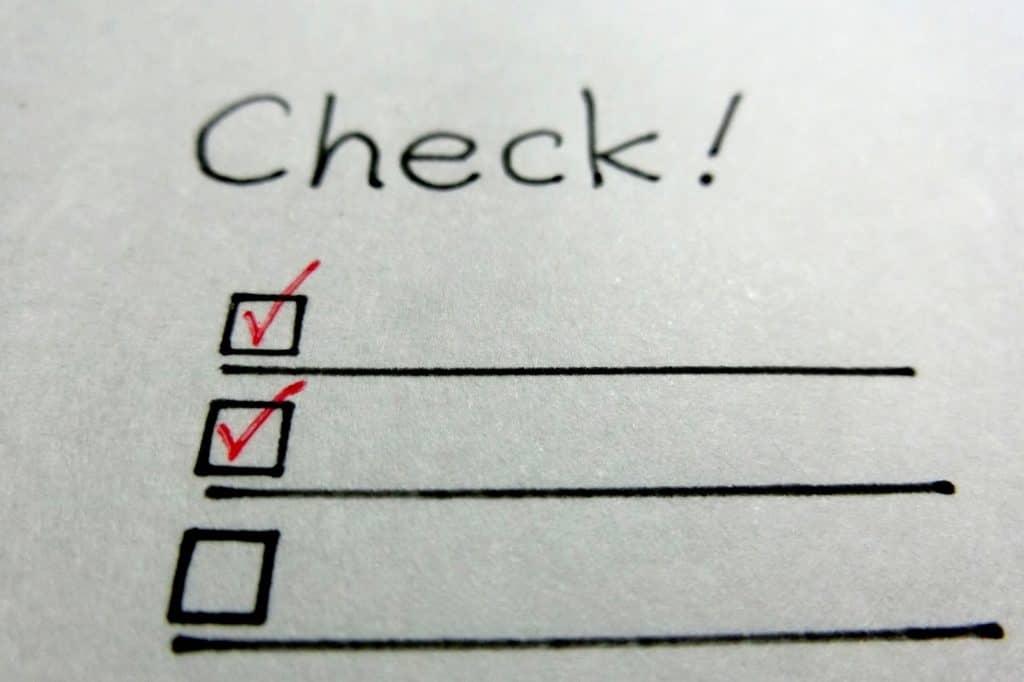 共働き世帯での家事分担のポイント1:家事分担表を作り、見えるところに貼っておく