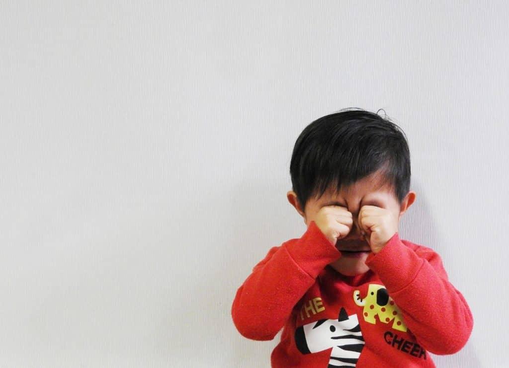 うそ泣きも嘘の一種 生後6ヶ月~1歳ごろにはじまります