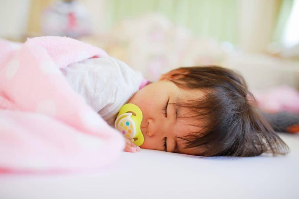 赤ちゃん寝かしつけアプリ