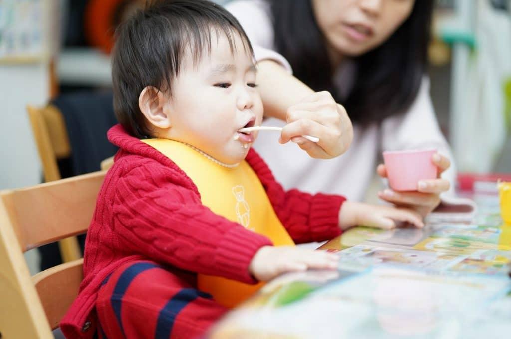 離乳中期(生後7ヶ月、生後8ヶ月頃が目安)のモグモグ期
