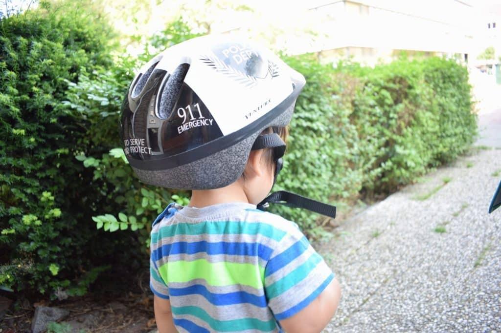 子供用のヘルメットは必須!