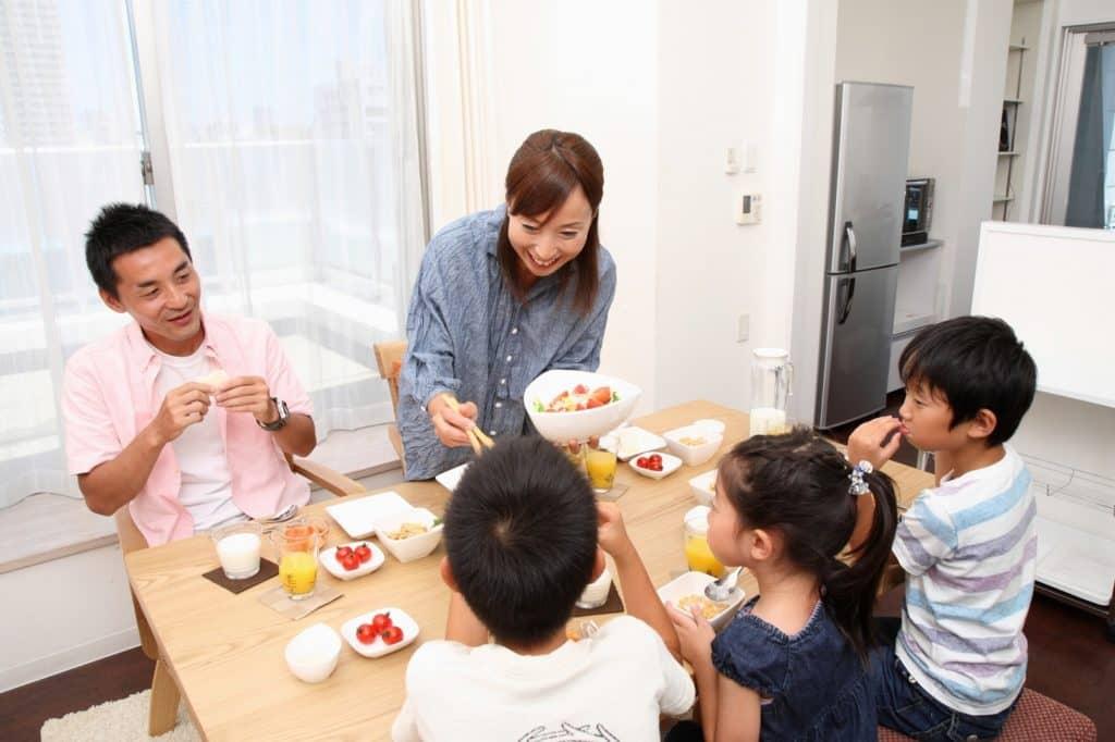 まずはパパママが食に関心を持つことから始めましょう