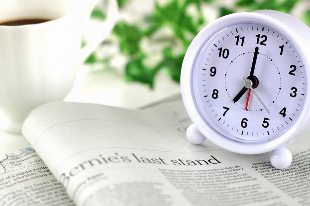 共働き世帯での家事分担のポイント3:家事ができる時間帯で分担を決める