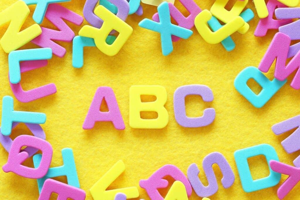 幼児英語教育のデメリット