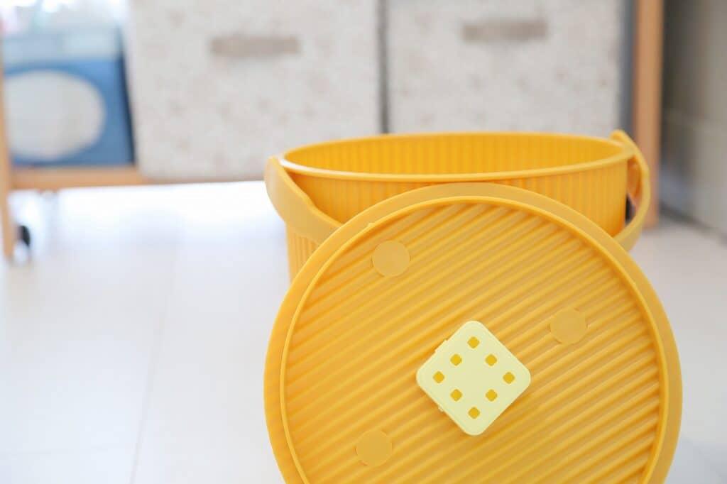 おむつ専用ゴミ箱とは? 赤ちゃんの育児に絶対に必要?