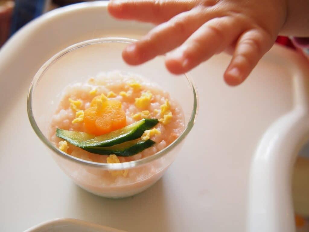 食べ物の好き嫌いを減らすコツ1:食事の出し方