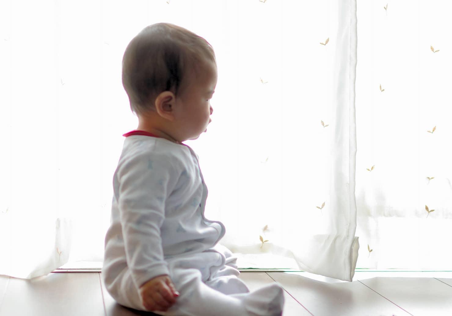 赤ちゃんはいつからおすわりできる?発達個人差と楽しい練習方法