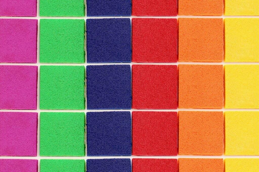 お名前スタンプの選び方4:インクの色は黒や白、カラーから選べるものもある