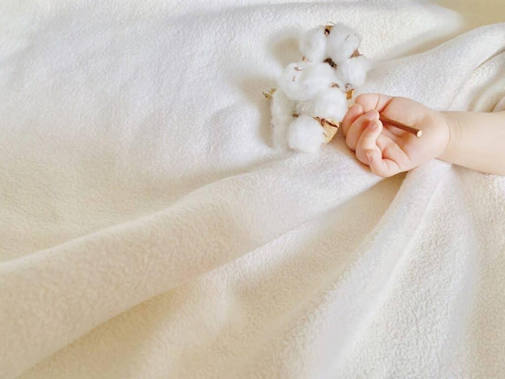 素材は赤ちゃんの肌に優しい綿100%を選ぶ