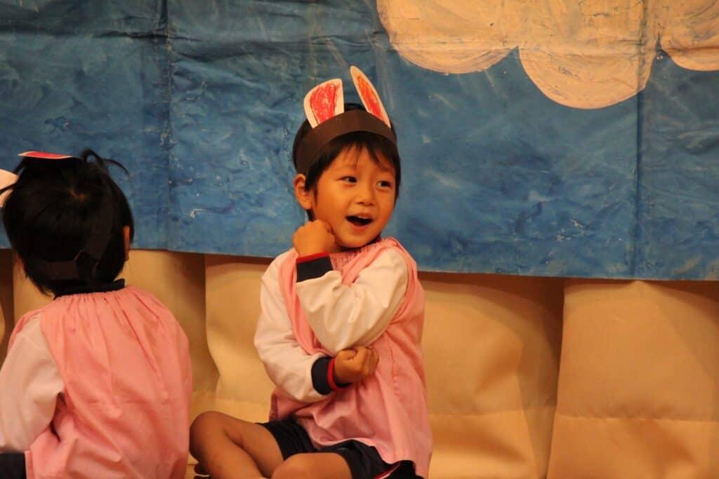 手遊び歌を子供と一緒に楽しもう。夏におすすめの遊び歌動画5選