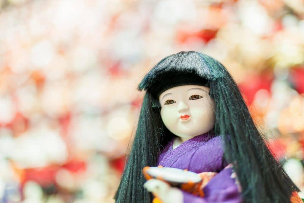 ひな人形を飾る時期と片付ける時期