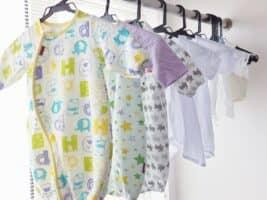 これでもう迷わない! 月齢別赤ちゃんの服装の選び方