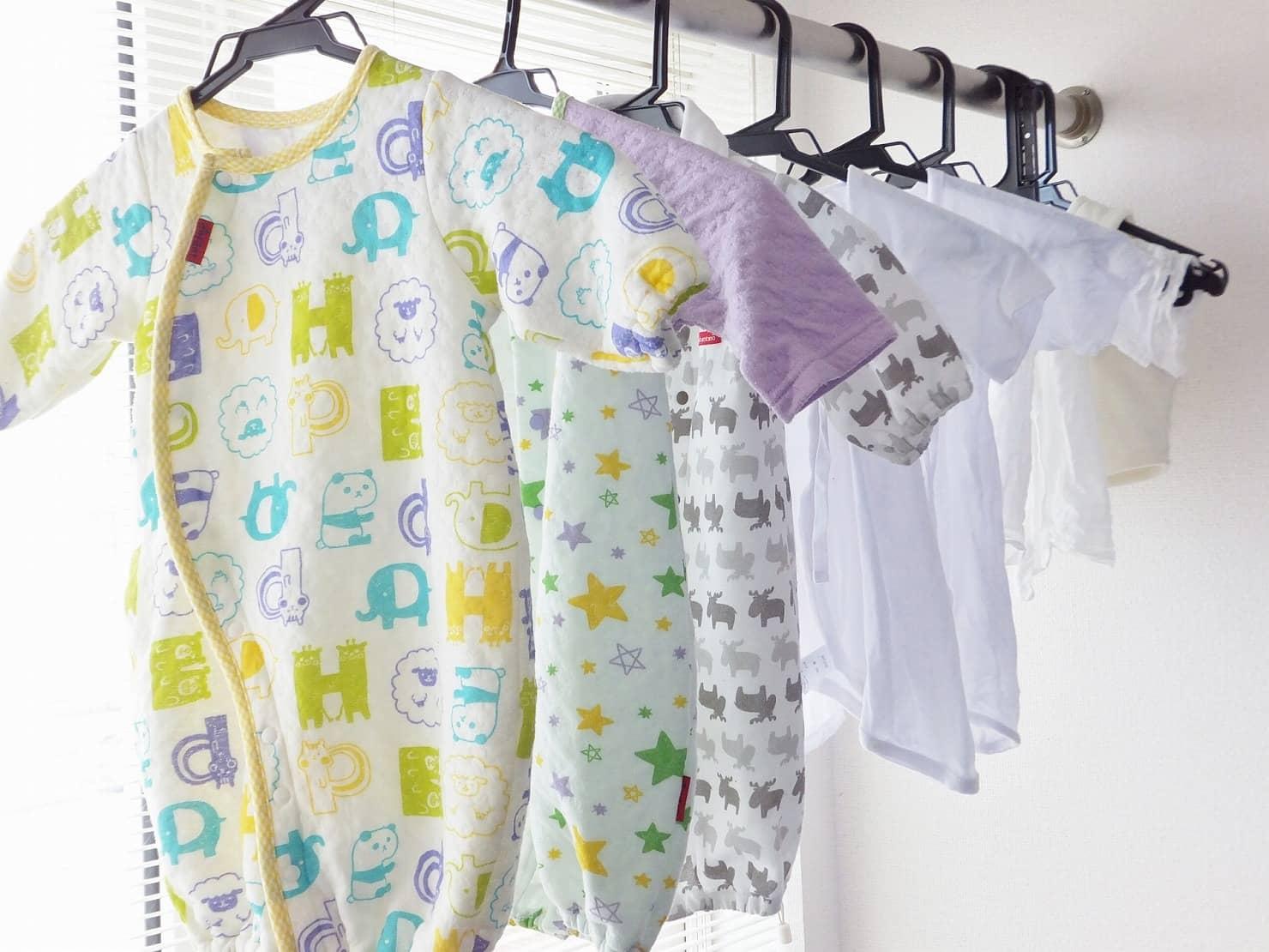 これでもう迷わない! 月齢別、季節別での赤ちゃんの服装の選び方