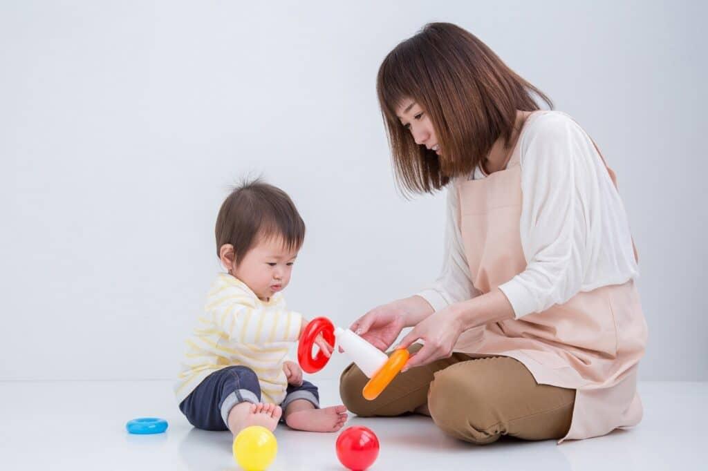 """子供との室内遊びのポイントは""""親も一緒に楽しむ""""こと"""