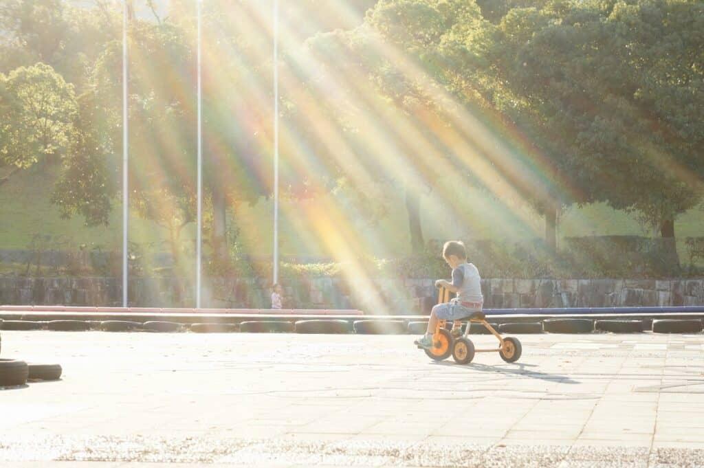 そもそも赤ちゃんに三輪車は必要?