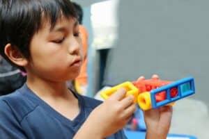 【徹底比較】プログラミング教室 VS 家庭学習! 小学生の子供のママ必見