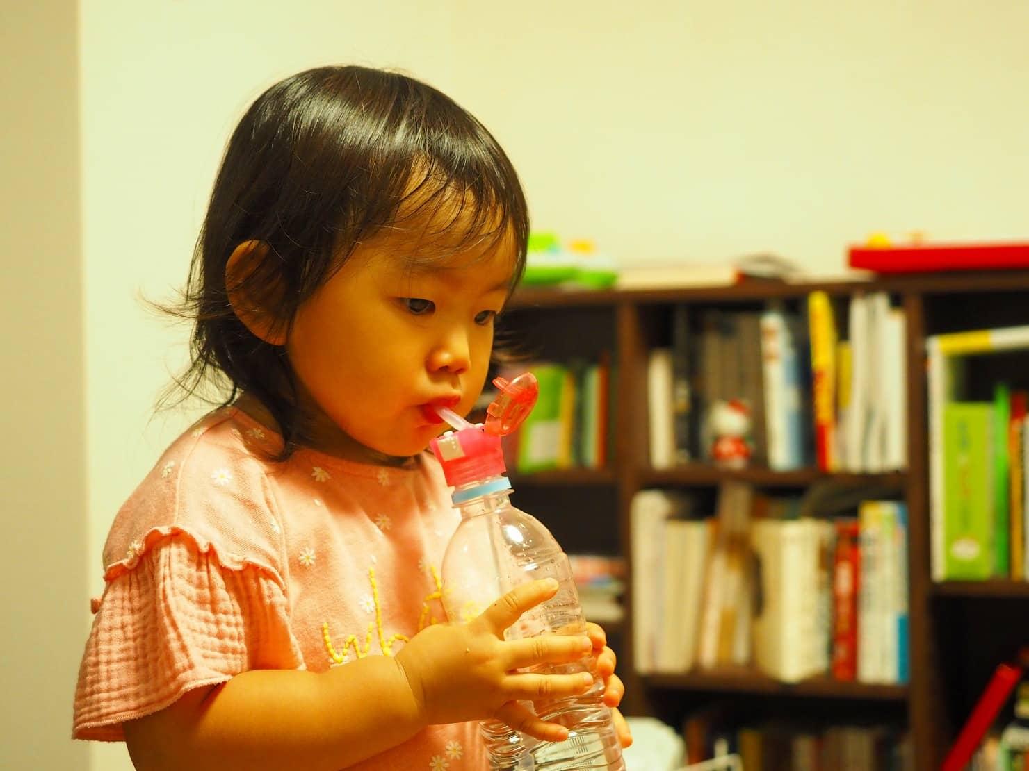 おすすめペットボトル用ストローキャップ16選! 子供用から大人向けまで
