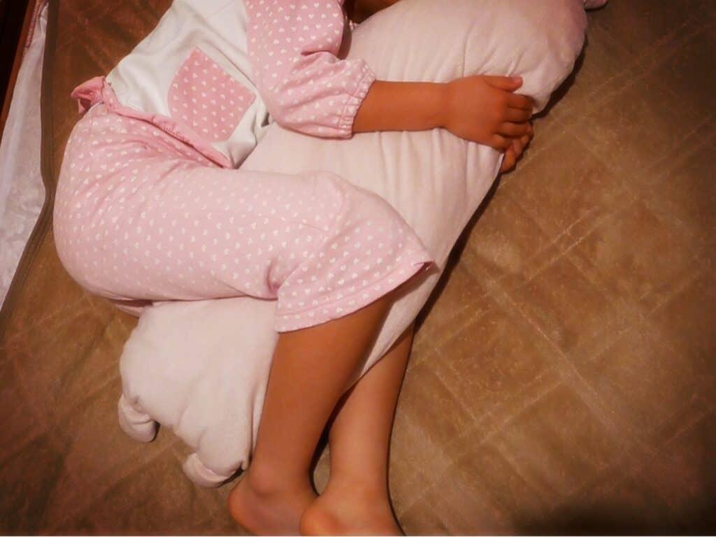 授乳クッションは赤ちゃんの育児に必要なの?