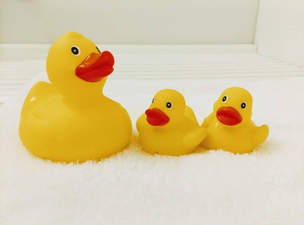 お風呂用おもちゃをきれいにする方法