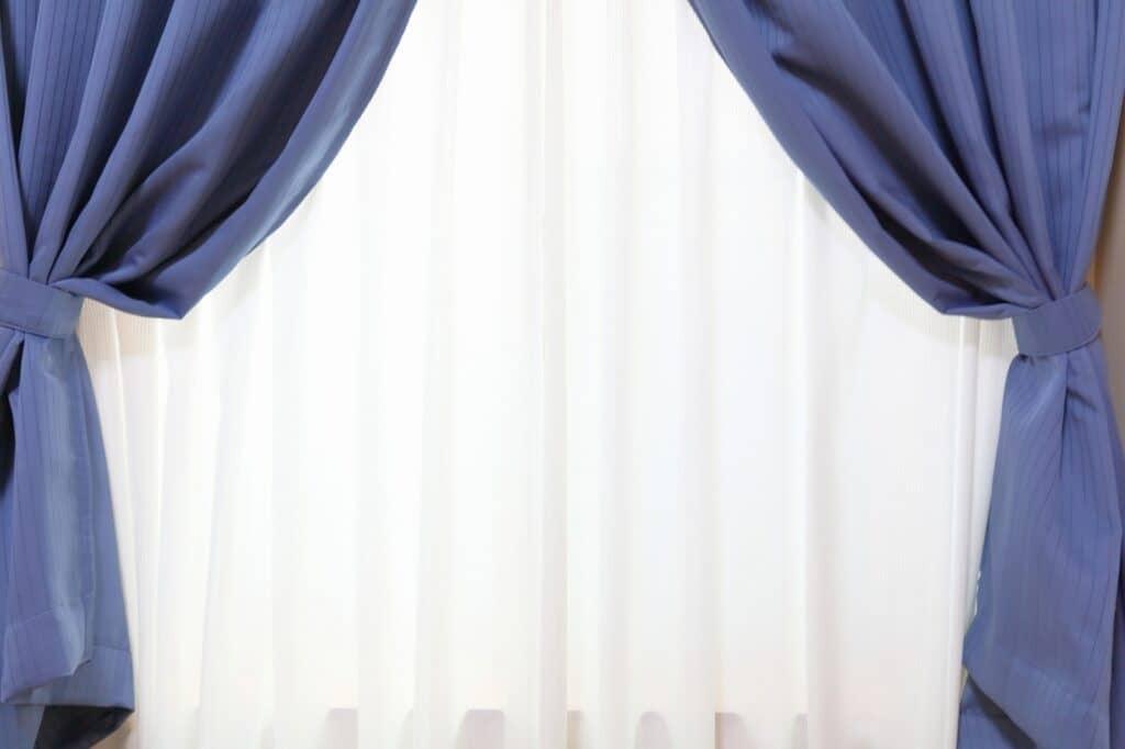 効果的な防音カーテンの設置方法