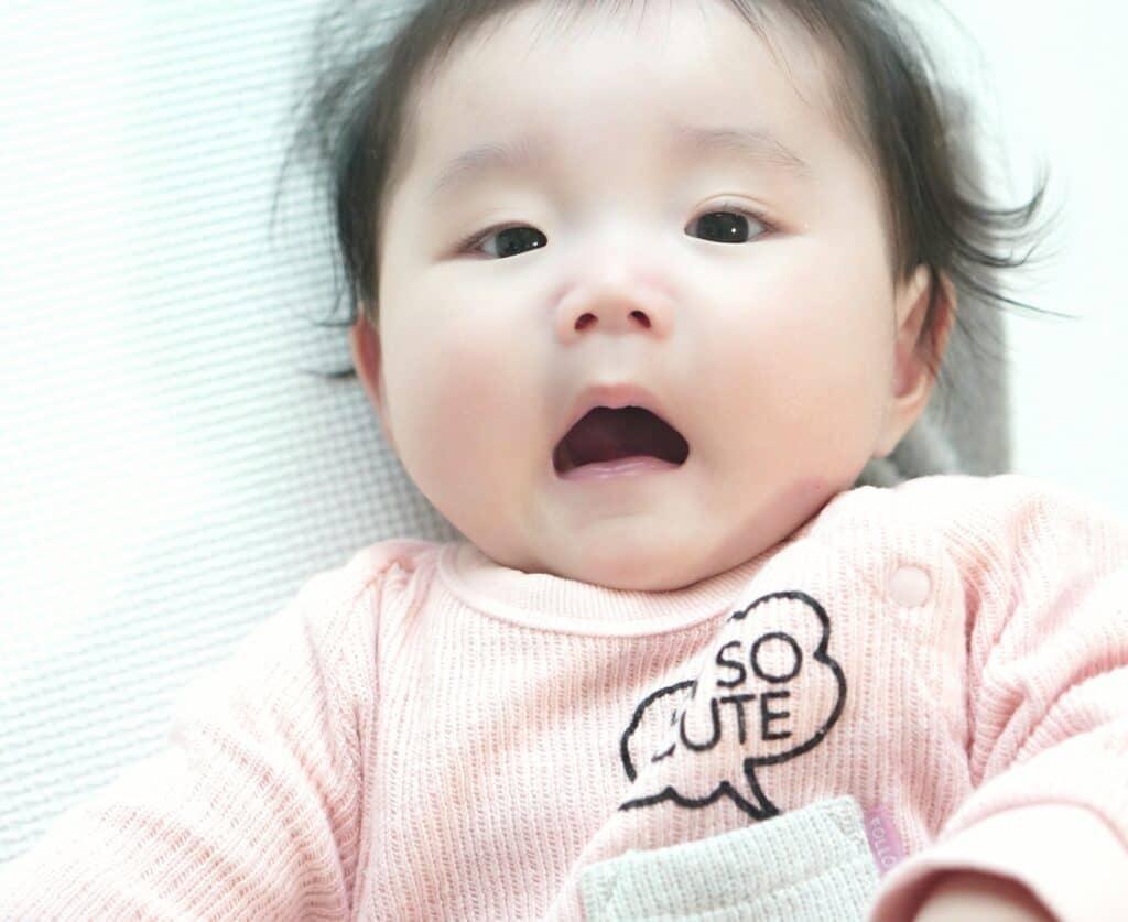 離乳食後には、赤ちゃんの口の中を清潔に保つ働きも