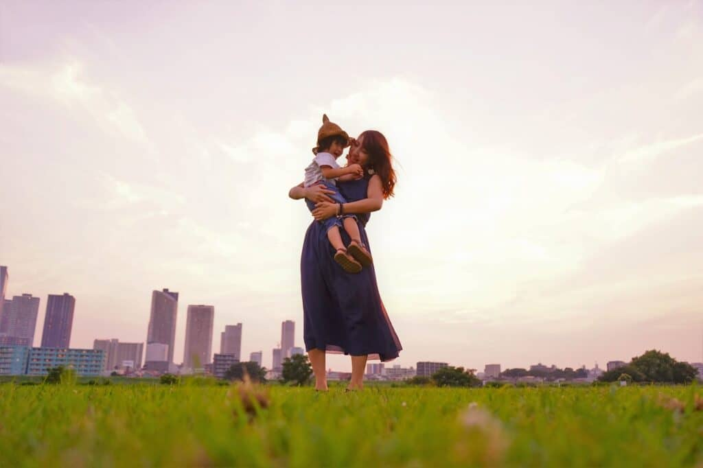 抱き癖が子供に与える影響