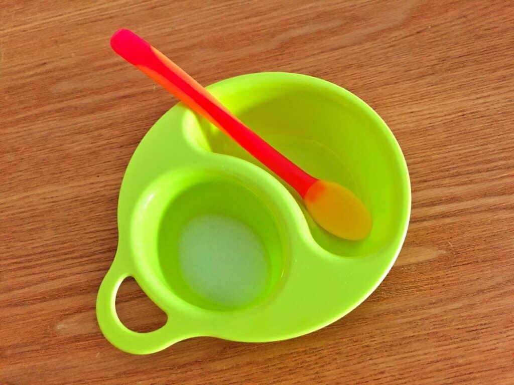 子供用食器の主な素材