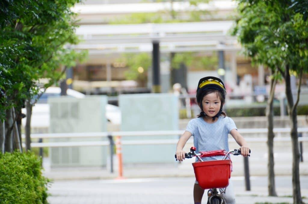 女の子向け子供用の自転車向けヘルメット3選