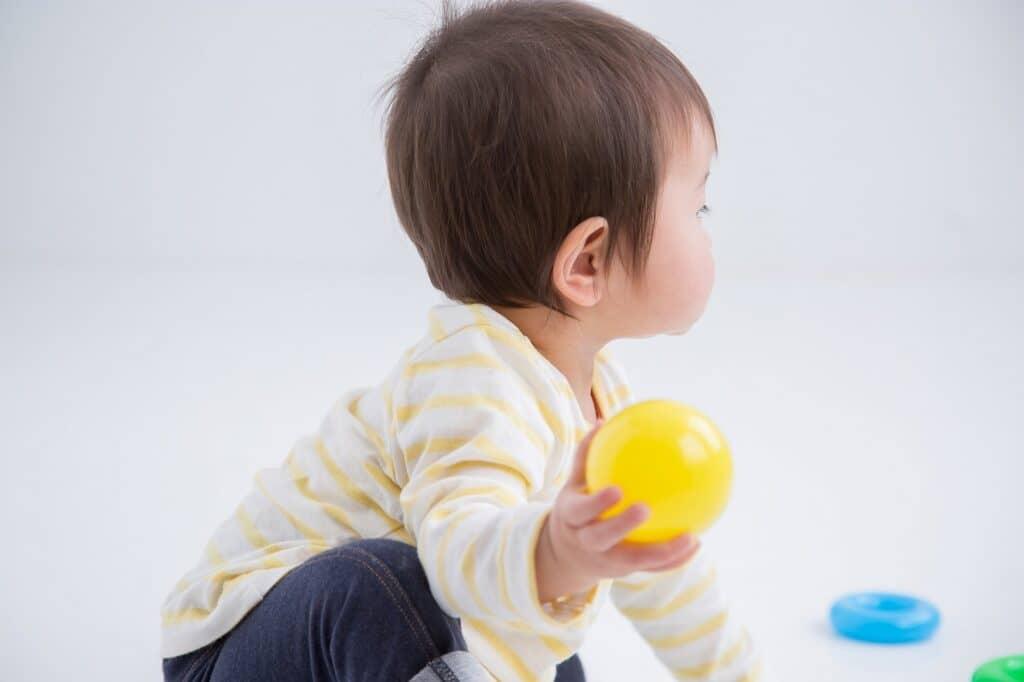 1歳の男の子が夢中で喜ぶおもちゃとは?