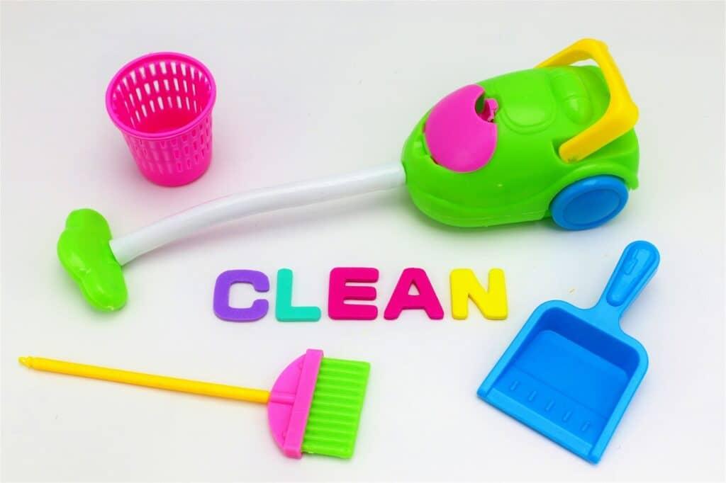 隙間にごみが貯まりやすく定期的な掃除が必要