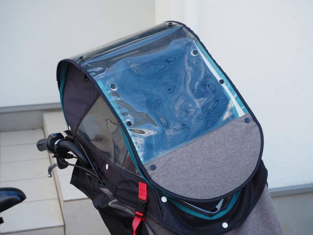 チャイルドシートカバーに防水・撥水加工されているか