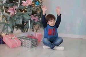 【2020年最新版】4歳男の子のクリスマスプレゼントおすすめ14選