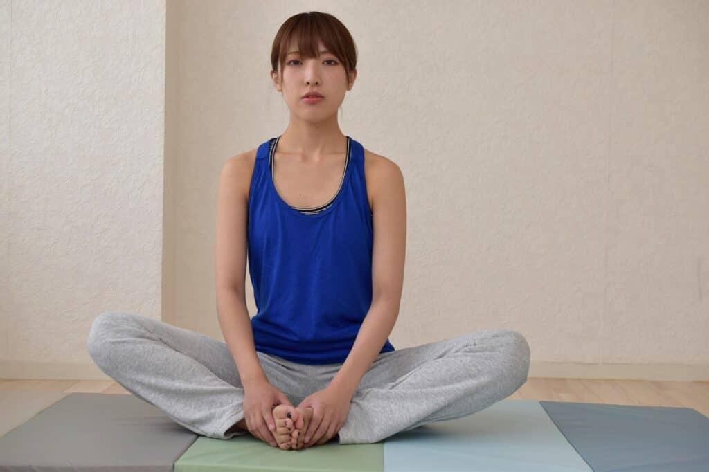 産後におすすめの骨盤ヨガ・体操7選!動画でやり方もご紹介