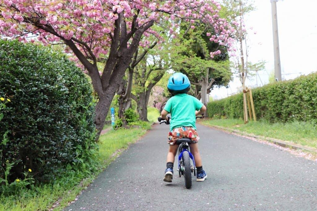 自転車は何歳から乗れる?
