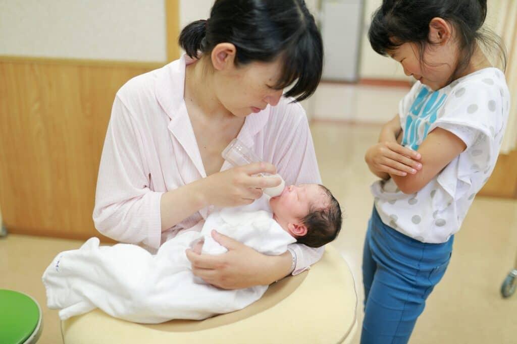 おっぱいトラブルを避けて完全粉ミルク育児に移行する方法は?