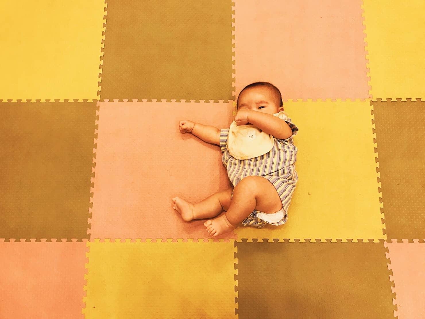種類豊富な赤ちゃん用プレイマットの選び方! おすすめ10選を紹介
