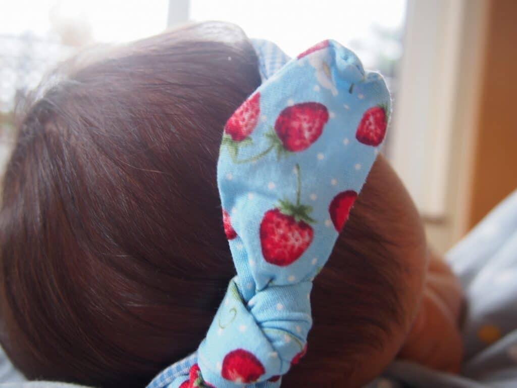 赤ちゃんのヘアバンドでおしゃれをしよう