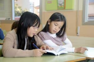 小学生の女の子におすすめの筆箱とは? 人気の筆箱を学年別に紹介