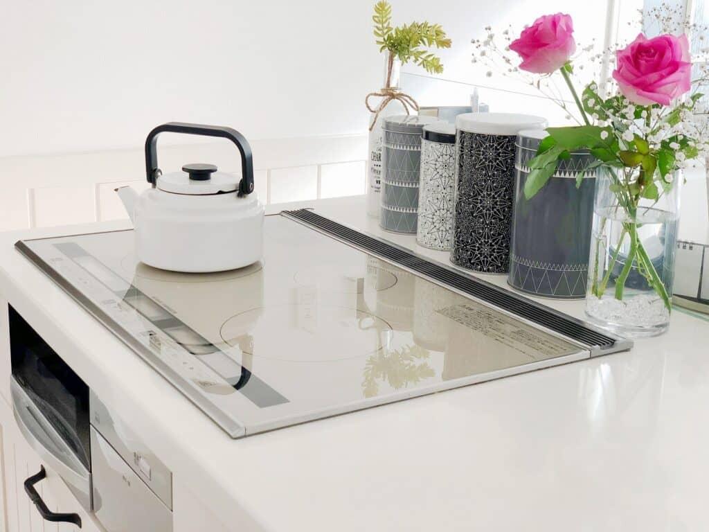 沸騰後に保温したお湯は1日ごとに作り替える