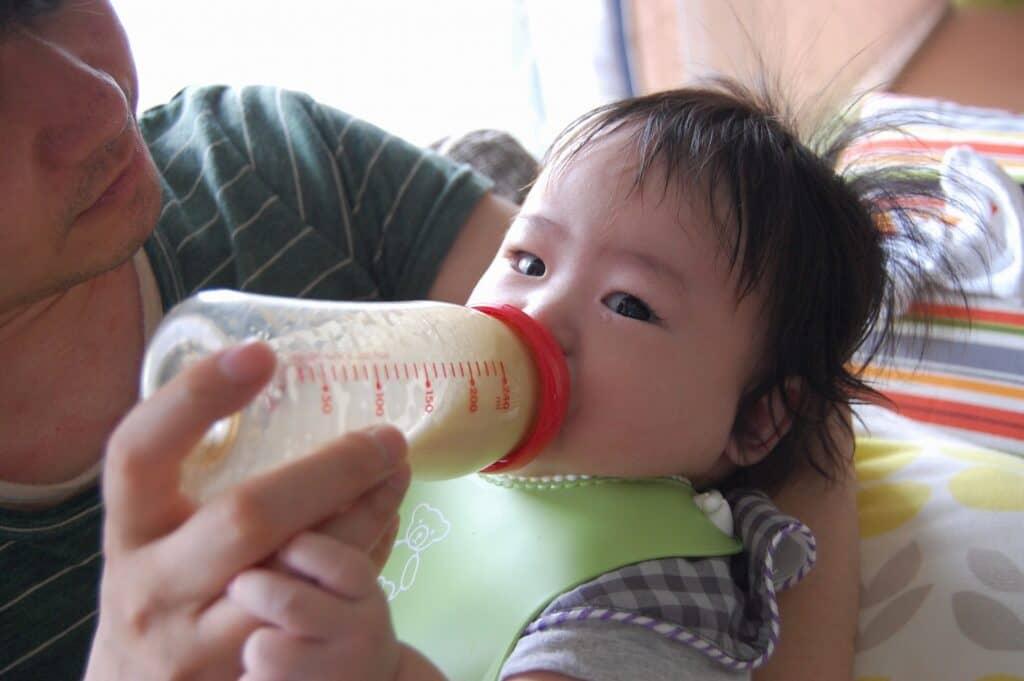 ママ以外でも赤ちゃんに授乳ができる
