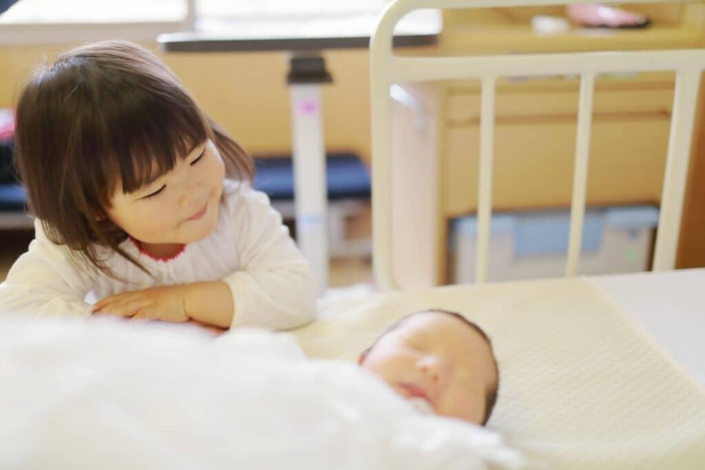 完全粉ミルク育児は愛情不足になる?