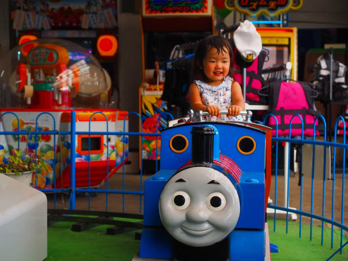 きかんしゃトーマスのおもちゃを使って親子で遊ぼう。トーマスの基本と種類別おすすめを紹介