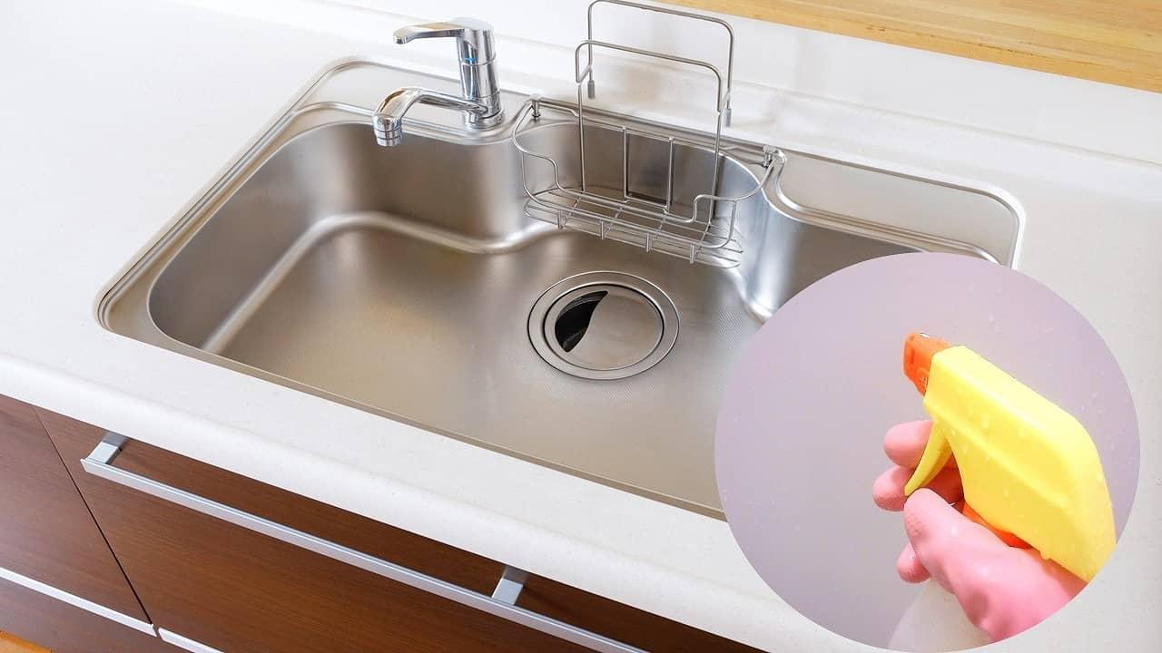 キッチンシンクの汚れの原因と掃除方法。裏ワザと便利グッズまとめ