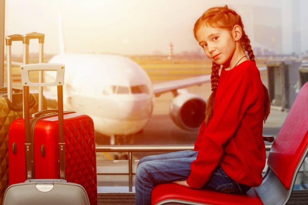 飛行機は何歳の子供まで無料? 子供料金は何歳から何歳まで?<