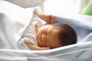 赤ちゃんの名前に悩んでいるママへ 名付けにおすすめの名前辞典や名付け本を紹介