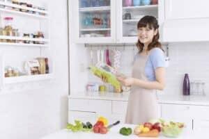 スポンジワイプが人気な理由とは? キッチンやテーブル、アウトドアでの使い方とおすすめを紹介