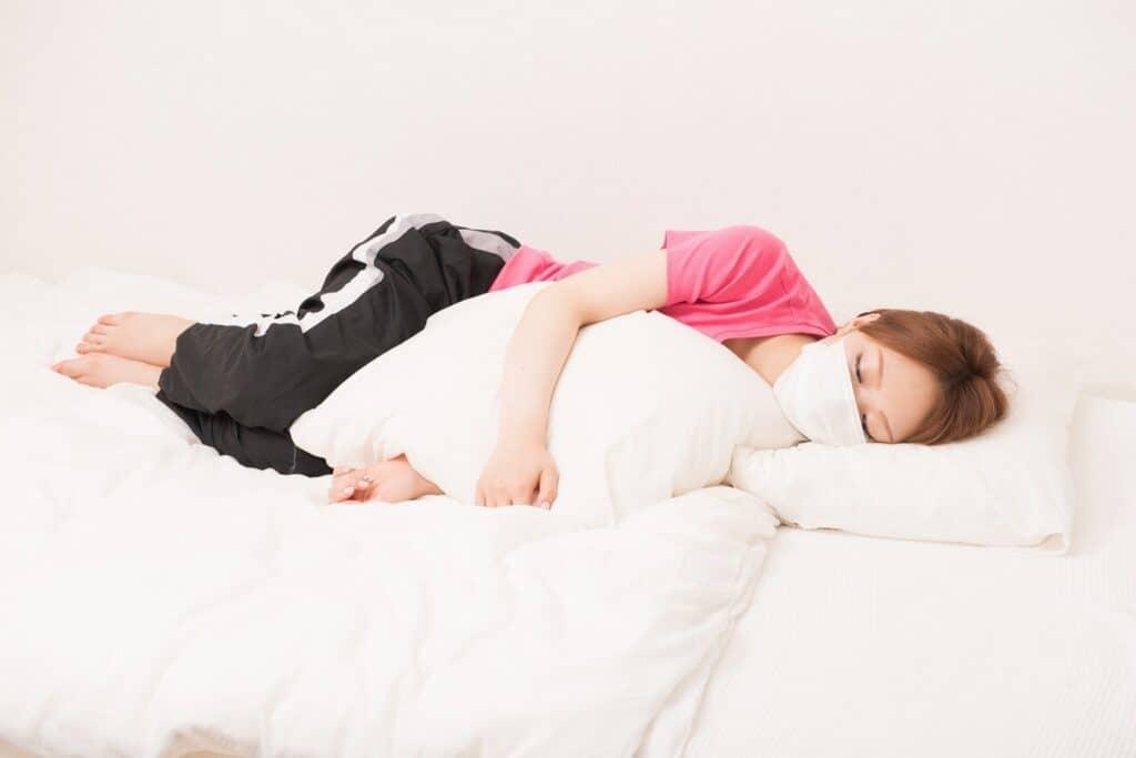 妊婦さんの抱き枕の使い方