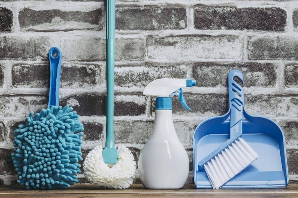 網戸掃除に便利なグッズ