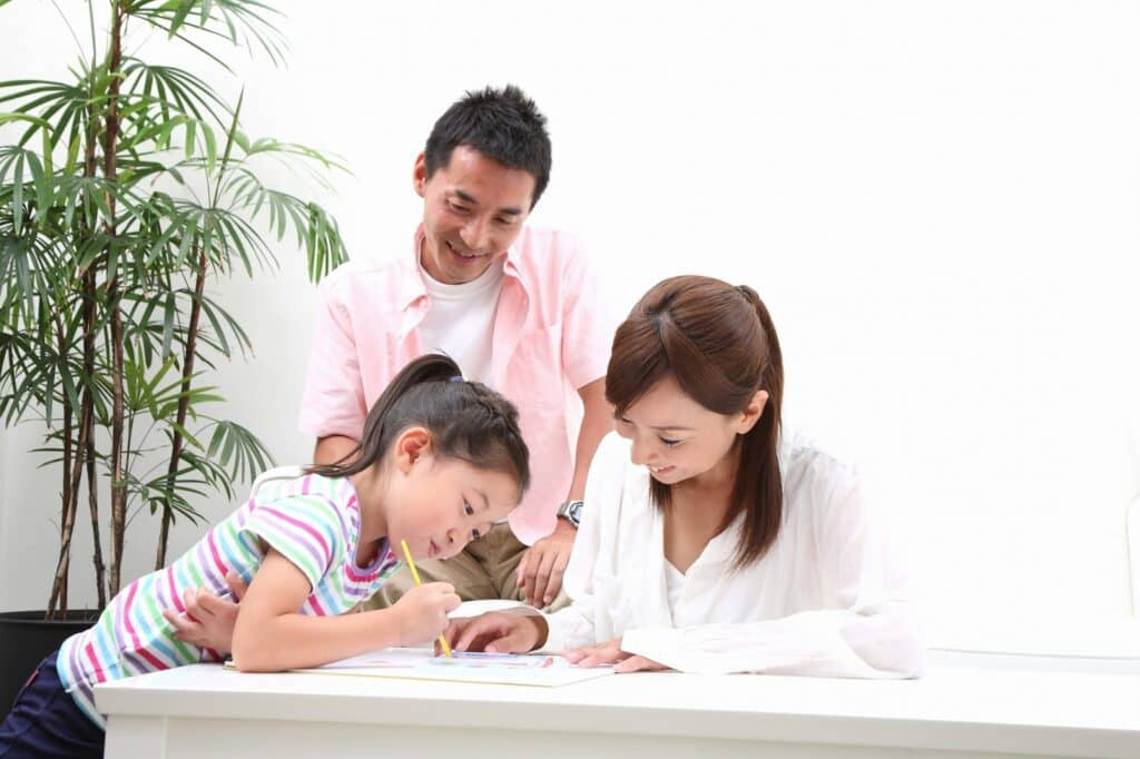 親と子供が一緒に楽しむ